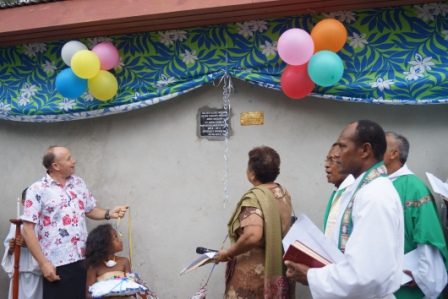 The Official Opening. Graeme Mitchell and Rev Amy Chambers representing the Golden Oldies and Fijian Anglican Church