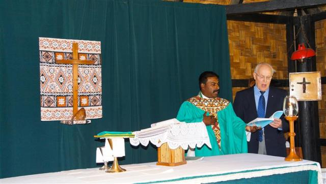 Our Rev John and Sigatoka's Rev Daniel lead the service