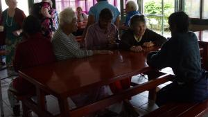 Lynette chats to residents in a resthome